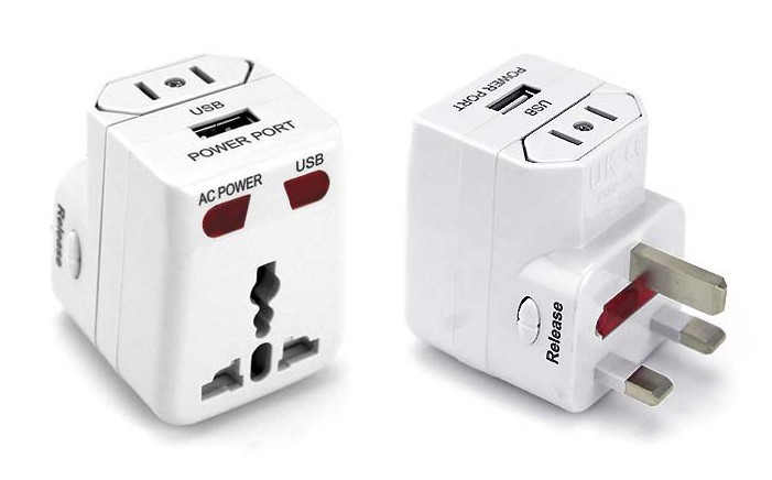 Backpacking Checklist: Travel Adaptor with USB